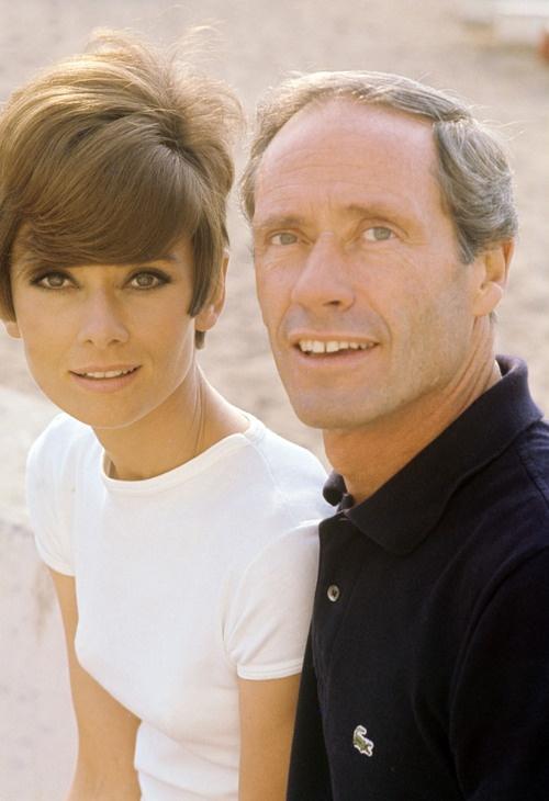 Audrey Hepburn con Mel Ferrer en 1967 Everlasting love - so rare with celebrities.
