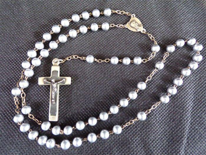 Chapelet vintage en métal / Croix / Vierge Marie / catholique / objet de dévotion / église  / vintage France / vintagefr / de la boutique decobrock sur Etsy