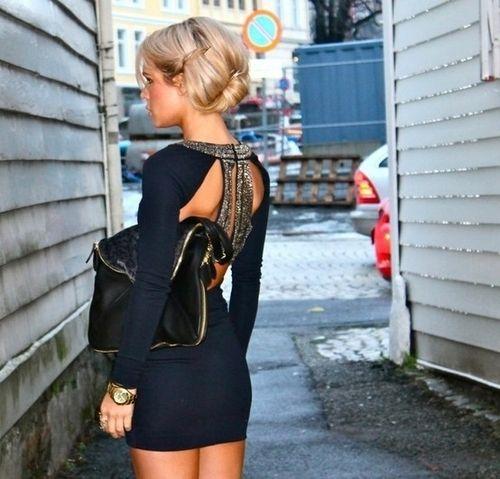 . (originally seen by @Lauretteoyc147 )Fashion, Style, Black Dresses, Clothing, Navy Dresses, Beautiful, Open Back, Dreams Closets, Back Details