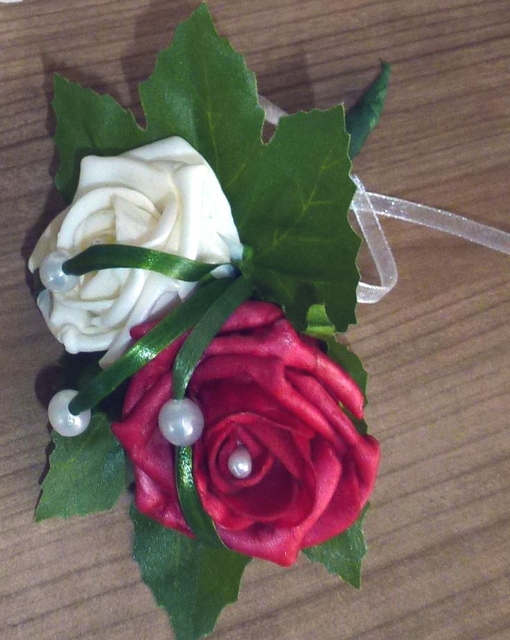 rood + witte corsage