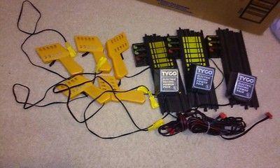 Vintage Tyco Slot Car Power Tracks and Controllers lot Yellow made in hong kong - http://hobbies-toys.goshoppins.com/slot-cars/vintage-tyco-slot-car-power-tracks-and-controllers-lot-yellow-made-in-hong-kong/