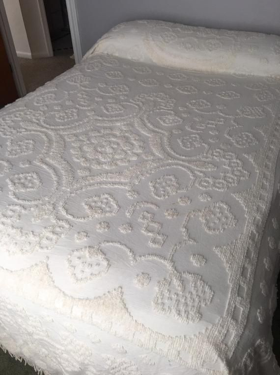Vintage Chenille Bedspread Full Size Chenille Bedspread Off