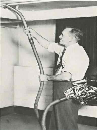 The Kirby 510 model vacuum cleaner portable mode included a shoulder strap for easy carrying. This model was produced in 1950.