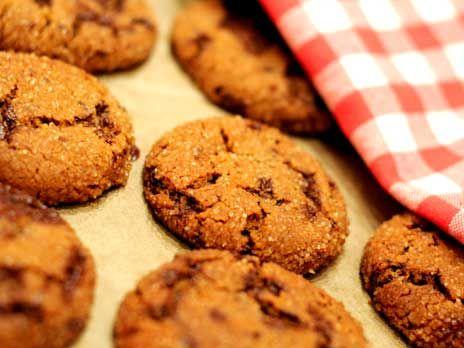 Leilas recept på amerikanska gingerbread cookies med ingefära, kanel, nejlika och chocolate chips. Goda och kryddiga kakor att baka till jul.