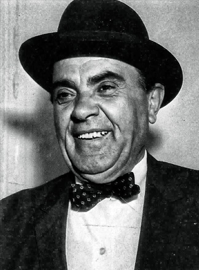 The unforgettable Vasilis Aulonitis (1904-1970) greek comedian actor