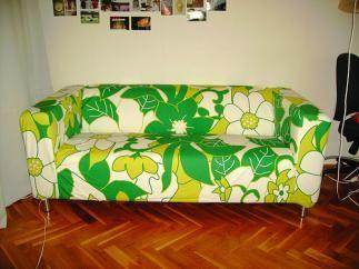 Funda para sofá de 2 plazas, IKEA SEGUNDA MANO serie KLIPPAN. Apenas la he puesto un par de veces. No tiene ni una mancha y no está nada desgastada. Como nueva.   Madrid 30€