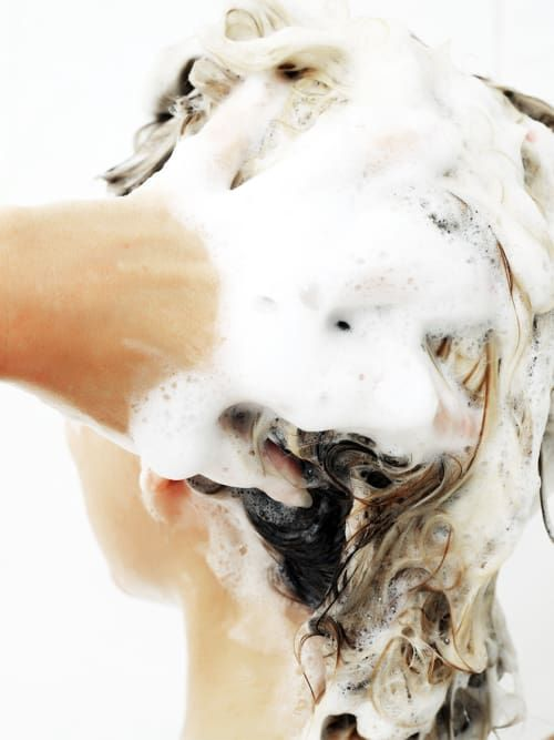 haare richtig waschen und trocknen