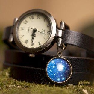 Черные кожаные часы