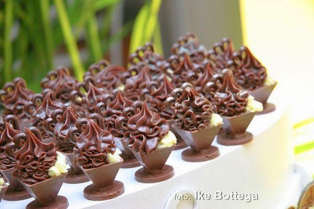 Imagem: Reprodução / Cakes Doceria    A segunda parte da seleção de sugestões para doces finos está pronta para vocês, já qu...