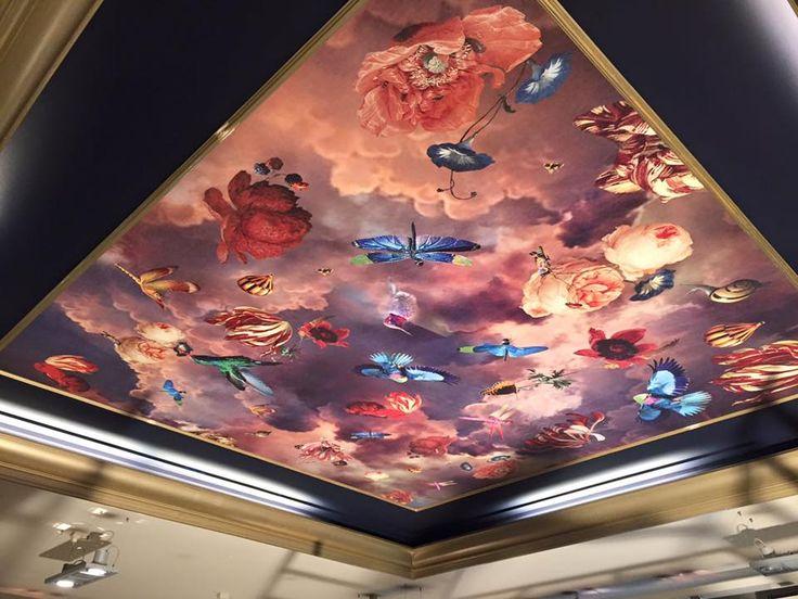 Dutch Masters fotobehang geplakt op plafond / Wallpaper pasted on ceiling - Dictus verf en interieur - BN Wallcoverings