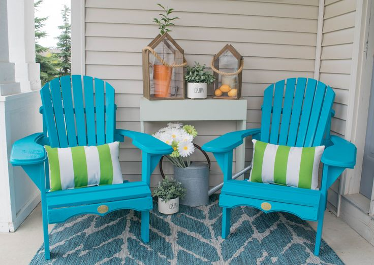 front porch decorating ideas with the perfect Adirondack chairs, these DIY wooden Adirondack chairs are the perfect addition to the bold & bright decor.