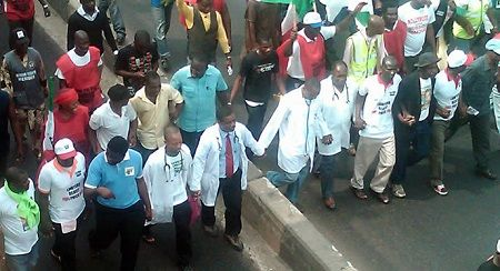 Breaking News: Stir as Benue Doctors Begin Indefinite Strike  Doctors in the North-Central State of Benue have embarked on an indefinite strike in protest of the government's inability to meet their demands.  File photo    According to a report by The Sun News doctors in Benue State on Thursday embarked on an indefinite strike over what they described as inability of the state government and the management of the Federal Medical Center (FMC) Makurdi to meet their demands.    The NMAs total…