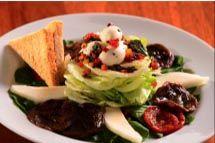 Salada Capri com mussarela de búfala