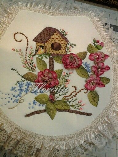 Silk ribbon embroidery!... Birdhouse bathroom set. USA. 4