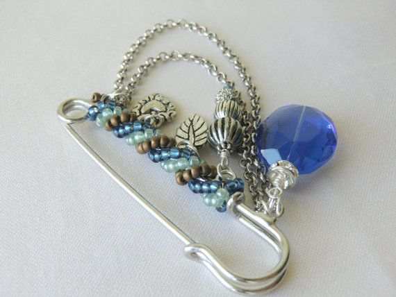 Blue Kilt Pin Charm Brooch Safety Pin Brooch Shawl Brooch Pins Seed Bead Brooch with Heart Charm and Leaf Charm Winter Jewelry