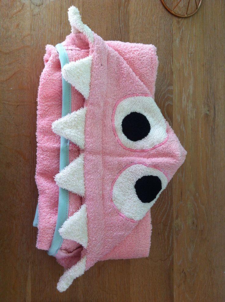 Bathcape pink monster