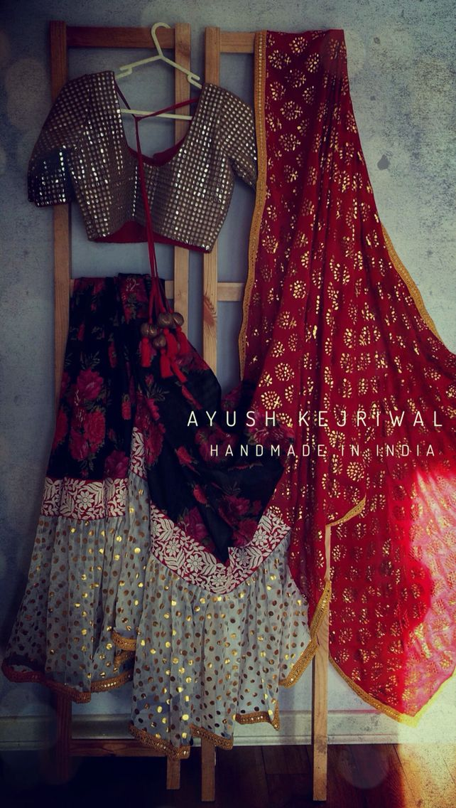 Saree by Ayush Kejriwal For purchases email me at ayushk@hotmail.co.uk or what's app me on 00447840384707 We ship WORLDWIDE.
