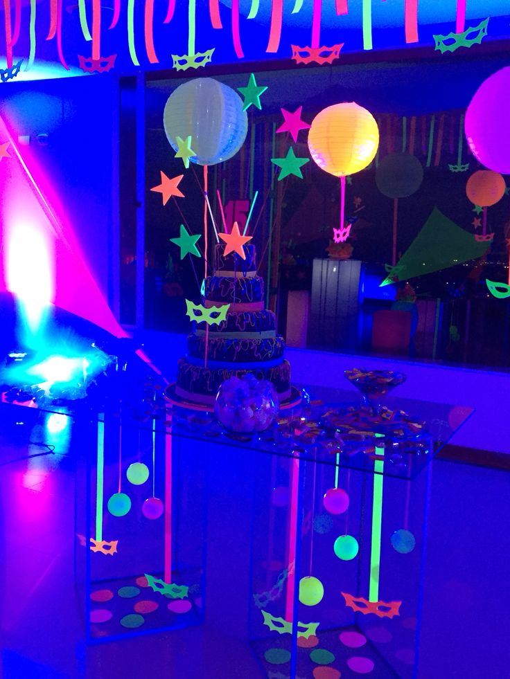 18 best Neon party images on Pinterest | Glow party, Neon ...