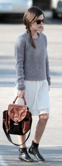 Rachel Bilson and Chloé Strap-Detailed Leather Ankle Boots Photograph