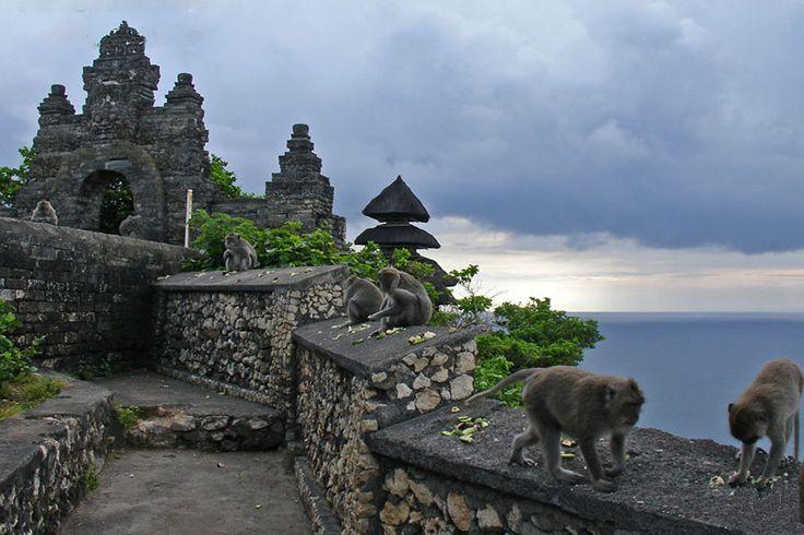 cahya-uluwatu-temple