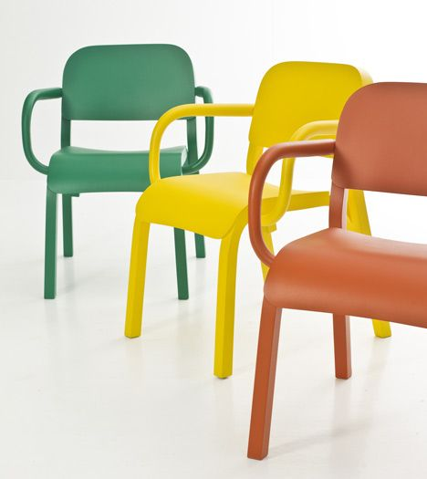 Dumbo chair by Tomek Rygalik for Moroso