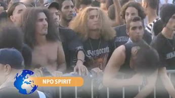 Heavy metal in #Marokko!  Een niet alledaags gezicht in Marokko: zwarte T-shirts, piercings en… headbangende mensen. Nabil werd in 2003 nog naar de gevangenis gestuurd vanwege zijn muziekvoorkeur...  #Marokko #heavymetal #leboulevard  http://www.spirit24.nl/#!player/share/program:45624973/group:37200368