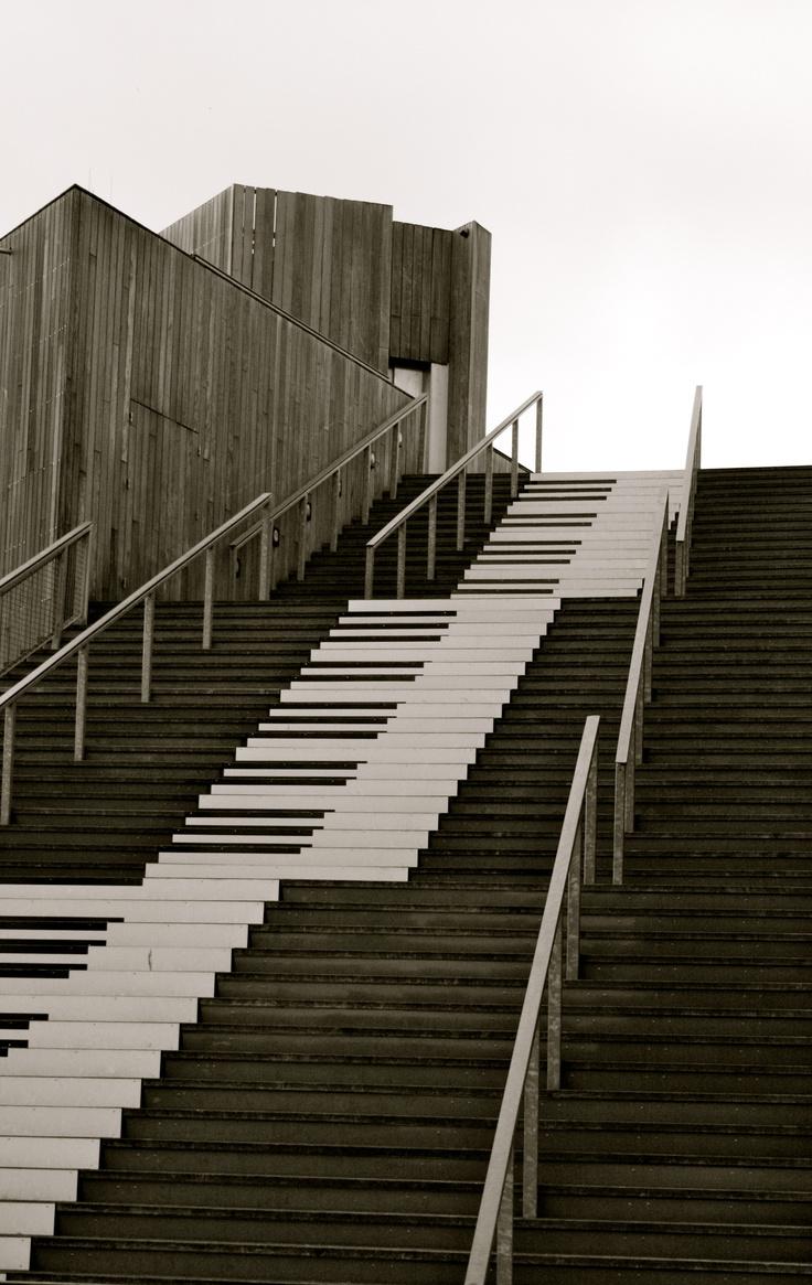 Stairway to heaven: Favorite Places, 3 2 Street Art, Natural Beautiful, Floor Stairs, Stairway To Heaven, Stairways Piano, Piano Stairways, Stairways To Heavens