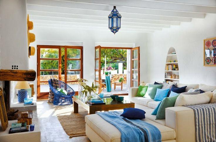 Minty Inspirations: Biało-niebieska posiadłość na Ibizie