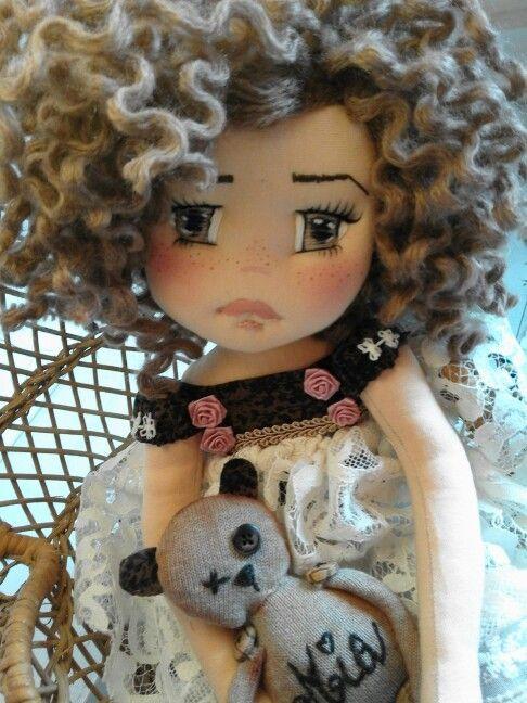 Nome : Mia #dolls #handmade Completamnte realizzata a mano 45cm bambola di stoffa Occhi e sopracciglia ricamati Capelli di lana  Pagina ufficiale Georgia's Dolls quando la stoffa prende vita
