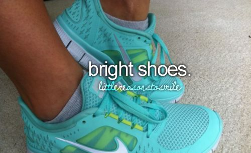cute sneaks: Running Shoes, Color, Tiffany Blue, Workout Shoes, Nike Free Running, Nike Running, Nike Shoes, Nike Sneakers, New Shoes