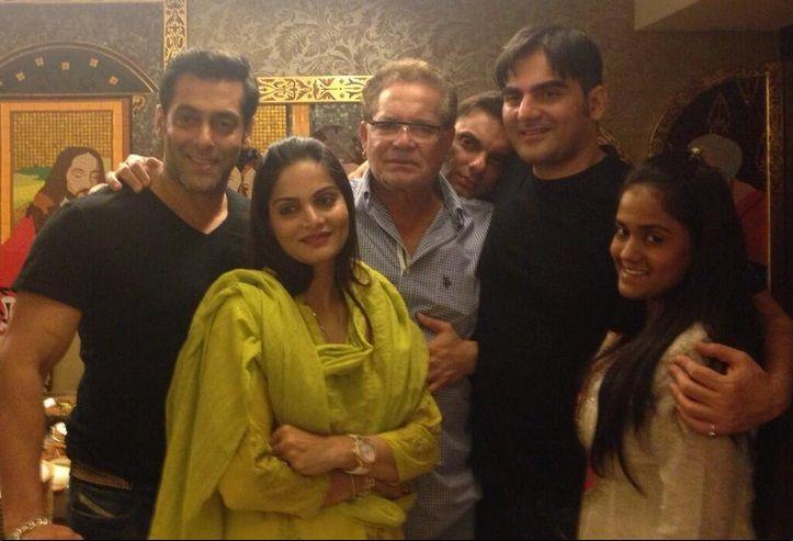 Salman Khan with family #Bollywood