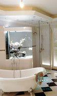 Elegancka i nowoczesna łazienka w niej nasza szklana ściana prysznicowa