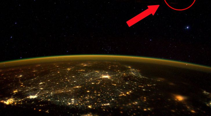 NASA Astronaut Scott Kelley Just Tweeted A Picture Of A 'UFO' From Space -  #aliens #ufo #universe