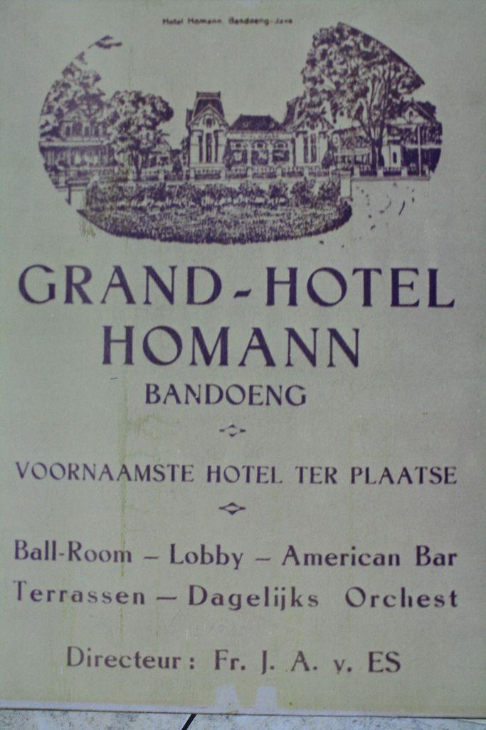 Pamflet promosi hotel Homann Bandoeng   Flickr - Photo Sharing!