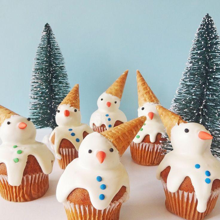 Snowman Ice Cream Cone Cupcakes.