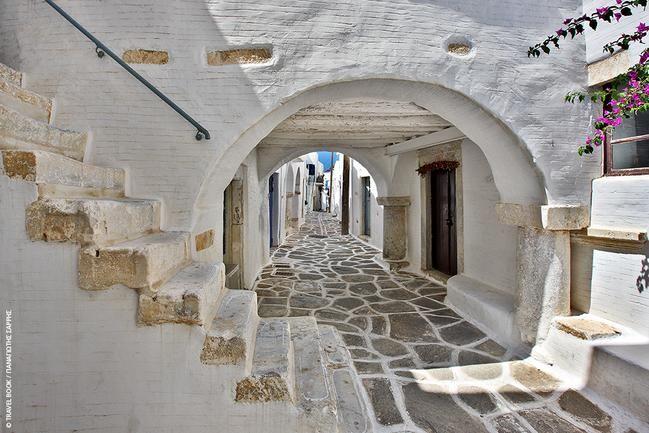 Alley @ Paros island , Greece !!!