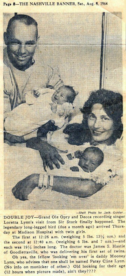 Original newspaper clipping, from the Nashville Banner, on August 8, 1964, announcing the birth of Doo and Loretta Lynn's twins, Peggy and Patsy.