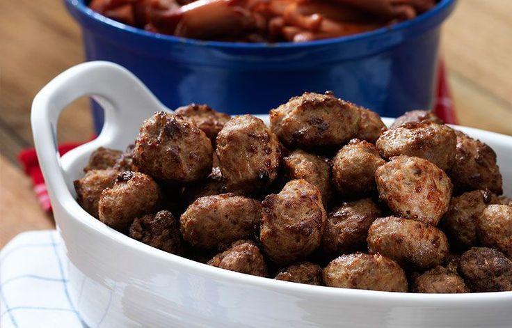 Sipuliset lihapullat - Lihapulliin saa helposti makua käyttämällä massaan sipulikeittoaineksia!