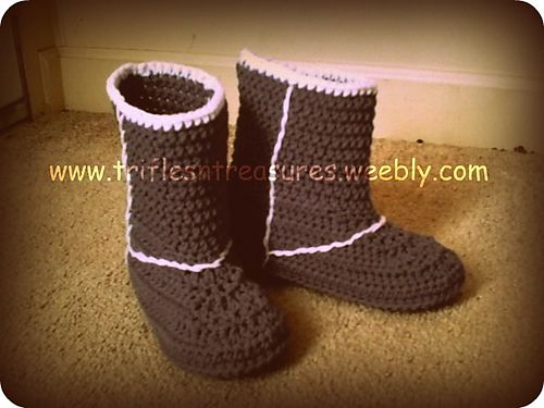 "Ravelry: Ladies ""Uggs"" Boots pattern by Tera Kulling"