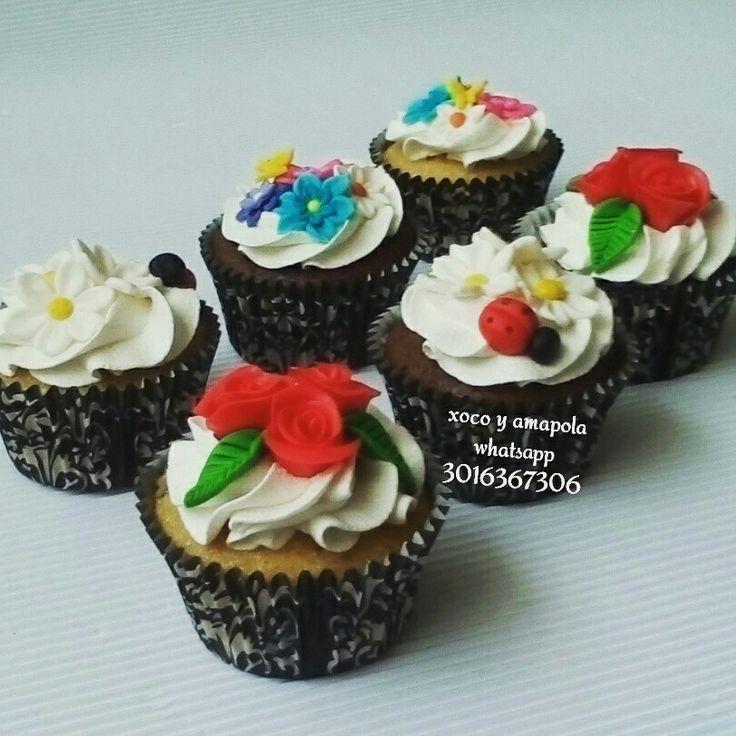 Y que tal celebrar con unos hermosos cupcakes información por whatsapp 3016367306
