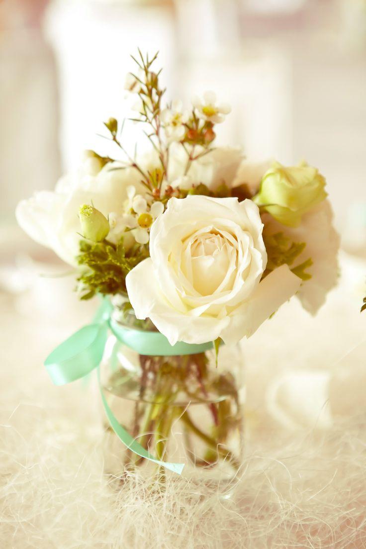Simple Table Flower Arrangements
