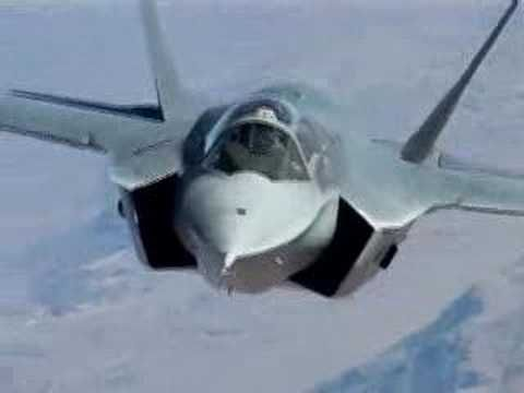 Look at this amazing plane. F35 AIR SHOW