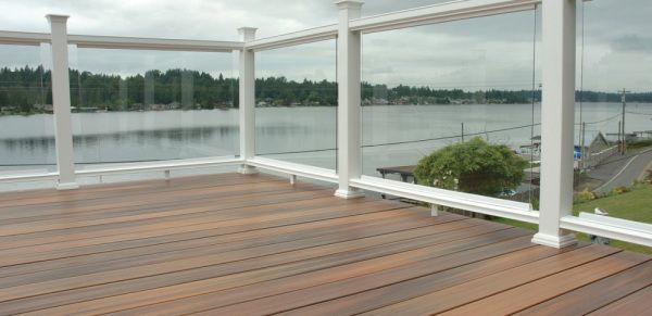 fiberon horizon white with plexiglass panels vinyl deck railing