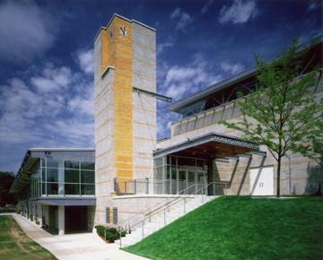 Buckingham Browne & Nichols School Athletic Center (Architect: Chan Krieger & Associates)