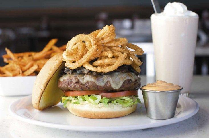 Build your own burger @ The Counter, Jumeirah Beach Residence, Dubai