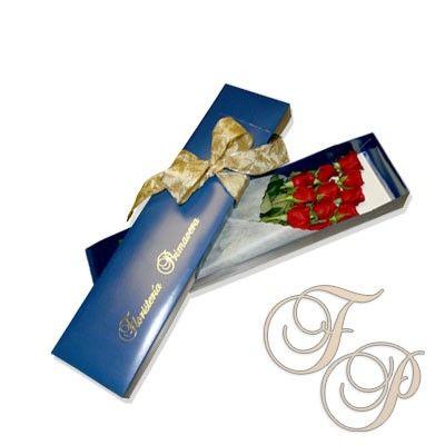 Detalle-de-Amor-12-Rosas-en-Caja-Azul