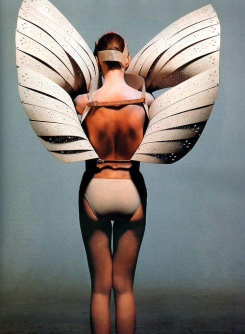 .: Vogue, December, Alexander Mcqueen, Angel Wings, Inspiration, Irving Penn, Fashion Editorial, London Fashion Week, Photo