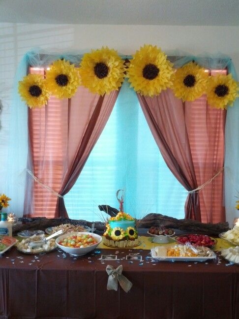 Sunflower themed baby shower baby shower ideas for Dekoration fur babyparty