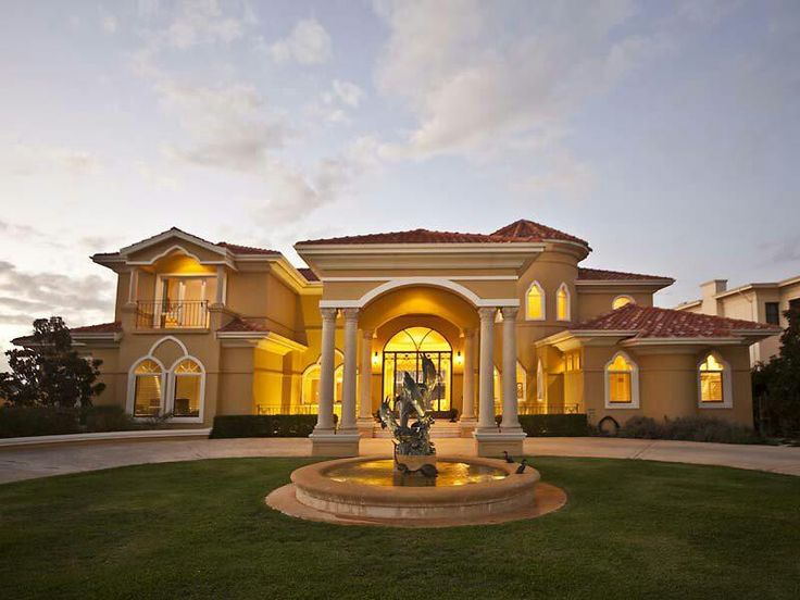 Mansion classic architecture with hotel entrance concept