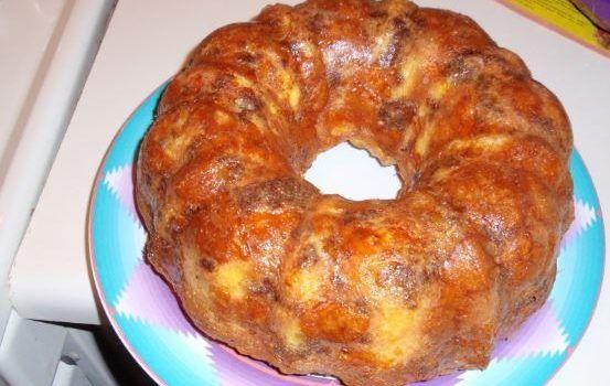 Τυρόπιτα σε φόρμα του κέικ